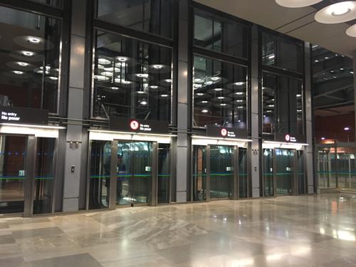 マドリッド空港エレベーター