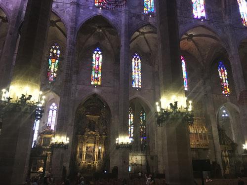 マヨルカ大聖堂人工照明