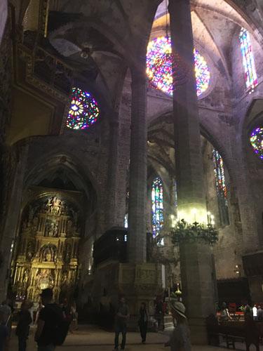 パルマ大聖堂光の魔法