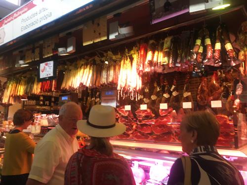 スペイン産生ハム店