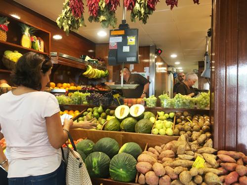 パルマ市場果物屋4