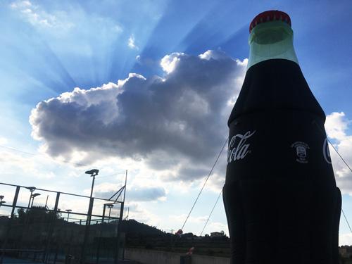 コカコーラのモニュメント