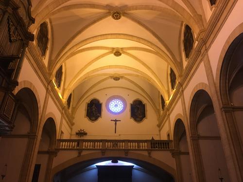 教会サンタマリアデルカミ