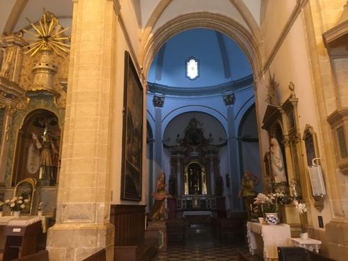 サンタマリア教会内部