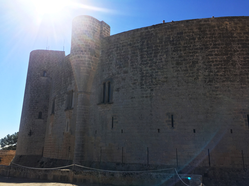 ベルベル城外壁