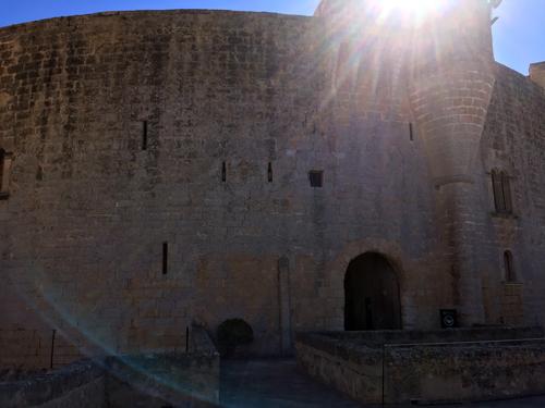 ベルベル城内入り口