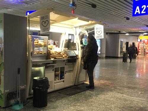 フランクフルト空港ホットドック