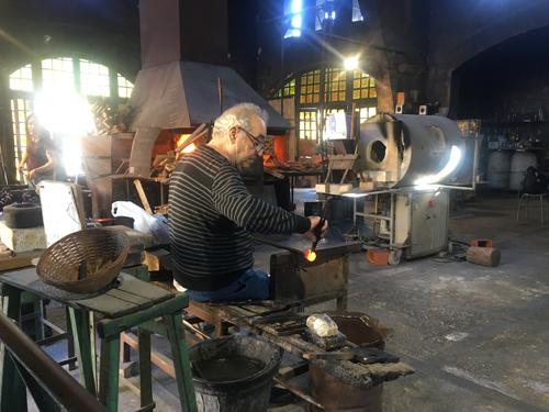 gordiolaマヨルカガラス工房造型師