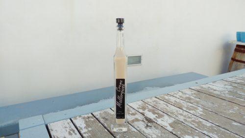 マヨルカ産アーモンド酒