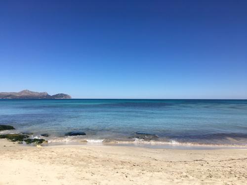 マヨルカの青い海