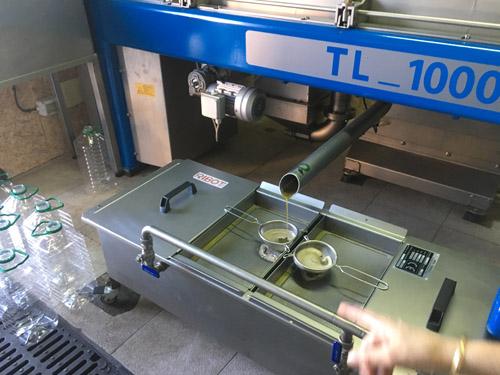 オリーブオイル圧縮機