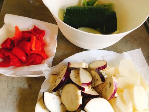 トゥンベット夏野菜の材料